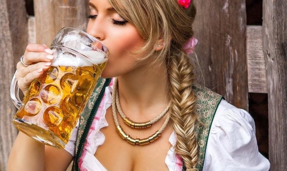 Вред пива для девушек